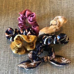 COPY - NWOT Anthropologie set of 6 hair scrunchies